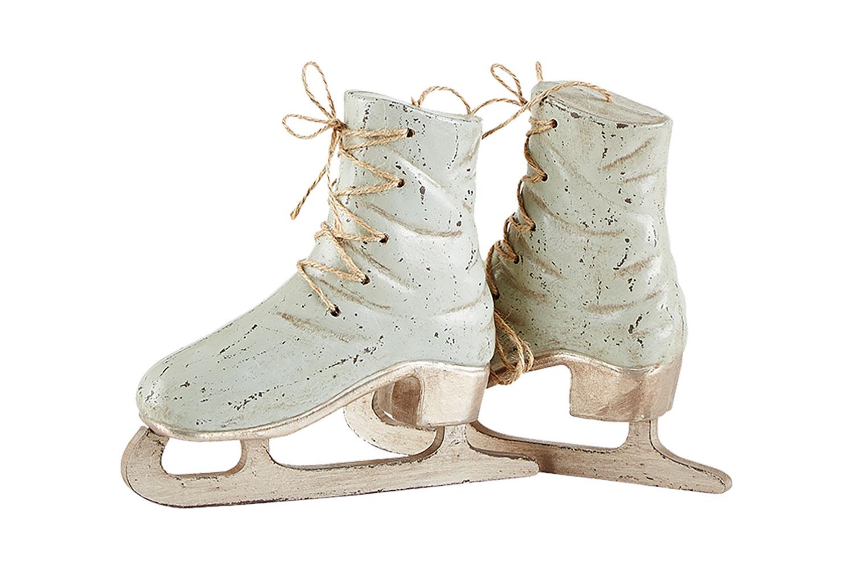 Tượng Giày Trượt Băn